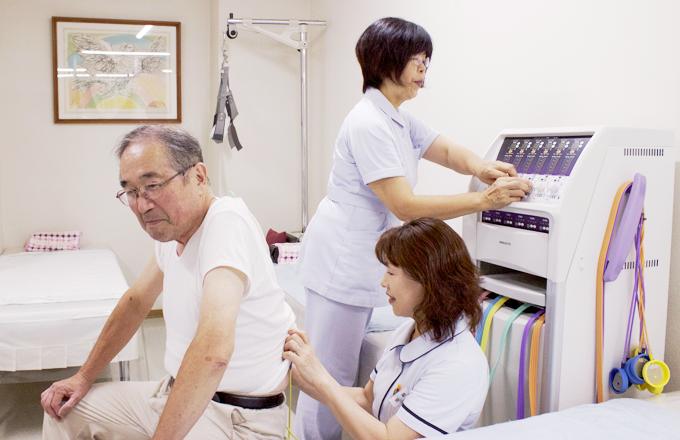 低周波治療器による治療